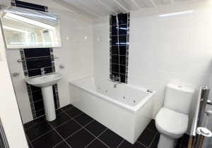 Solar Renewable Installations Showroom Bathrooms (6)